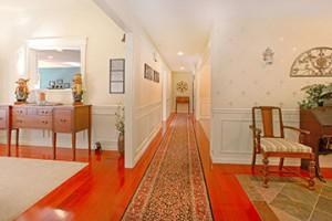 hallway-feng-shui